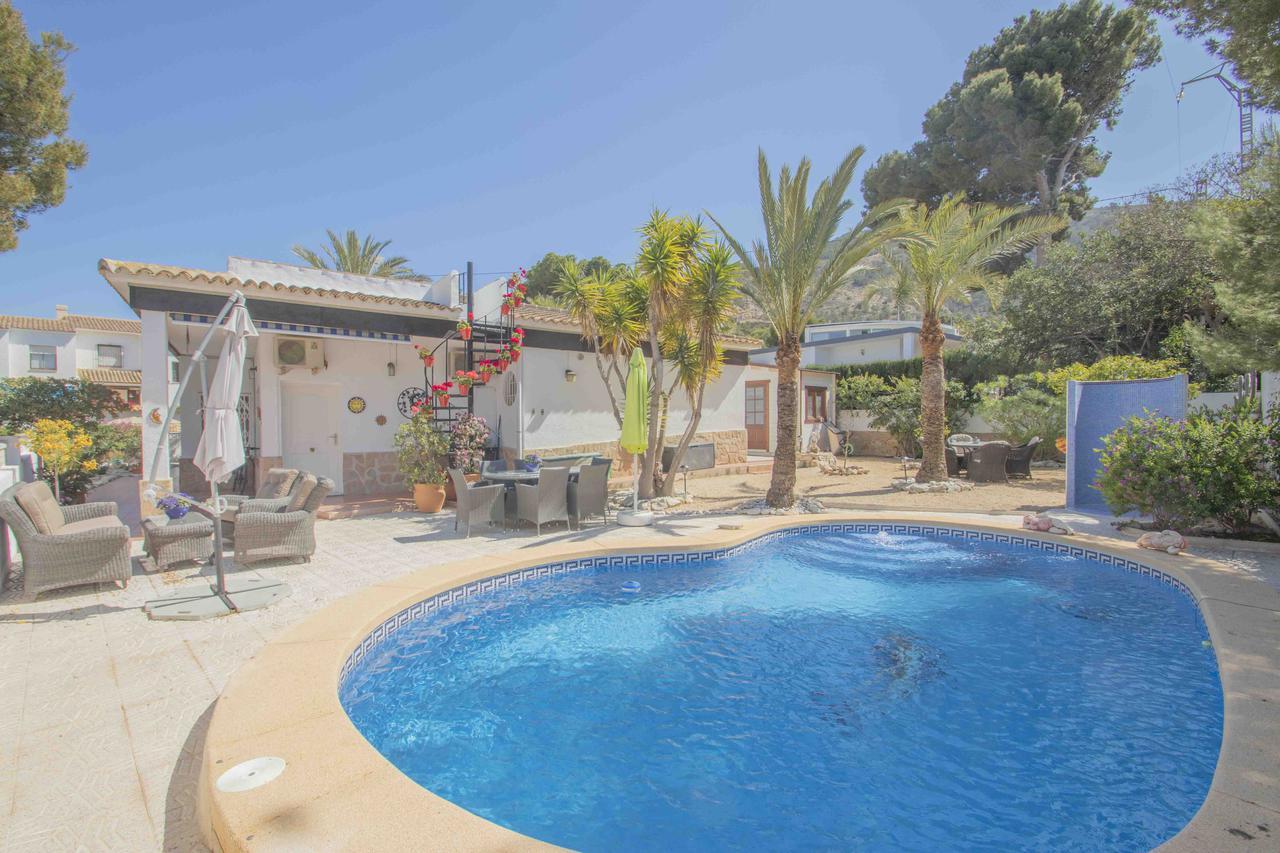 Villa -                                       Playa De Albir -                                       4 soverom -                                       8 beboere